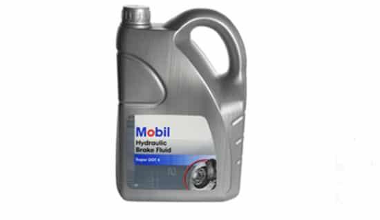 Mobil Brake Fluid Remvloeistof - DOT 4 - 5 Liter